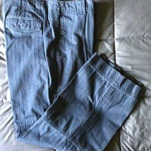 Eddie Bauer zipper and pocket jeans